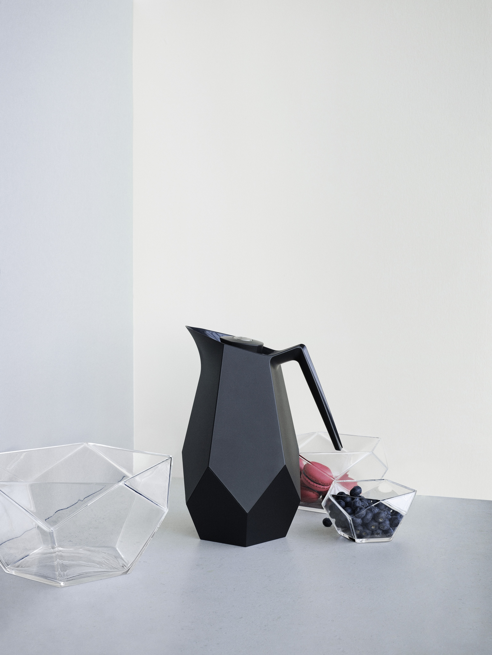 Black and facetted thermo jug designed for Danish design brand Rosendahl design group