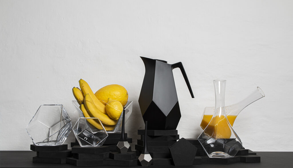 The Penta collection for Rosendahl designgroup, Facetted thermo jugs, carafe, glass bowls and tea strainer